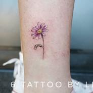 Flower tattoo #dallastattoo #dallastatto