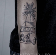 Palm tree and Vw car tattoo by Leo #palm