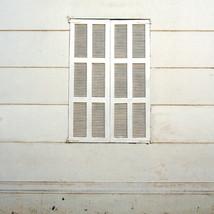 ventana calle Virginia Opazo