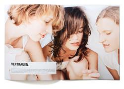 03_ltx_brochure02.jpg