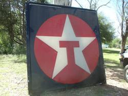 sign 4 large texaco signs.JPG