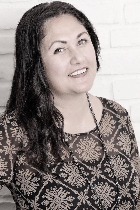 Joanne Hakaraia (2)cc-1_edited_edited.jpg