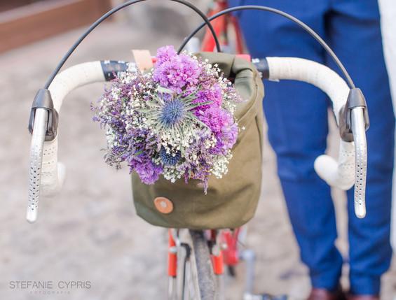 Fahrrad mit Blumendekoration