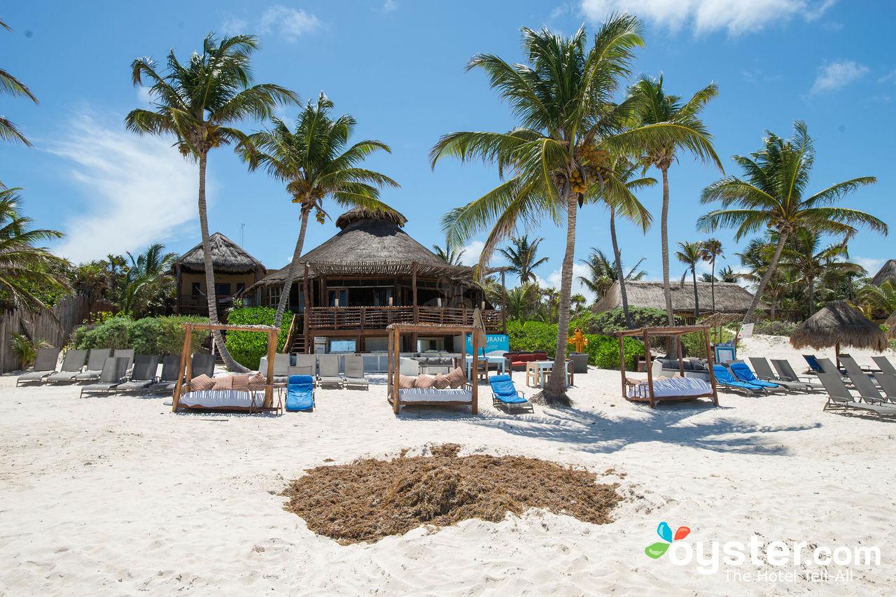 beach--v7809932-1280
