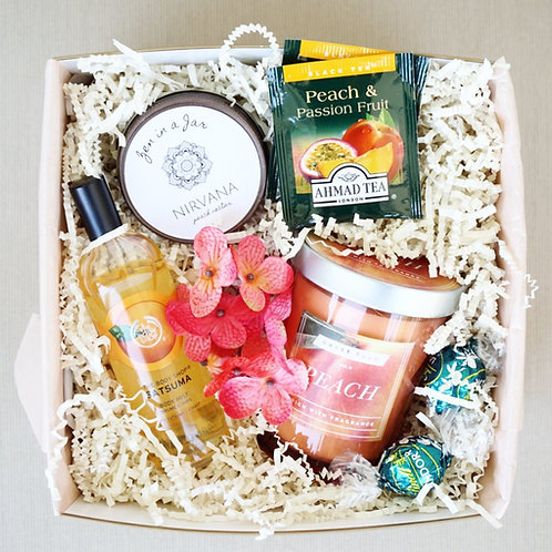 PEACH PASSIONFRUIT SPA DAY GIFT BOX