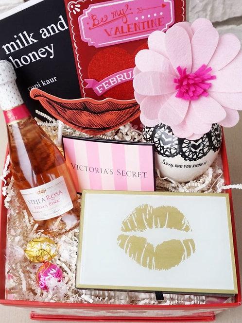 VALENTINE POEMS & KISSES GIFT BOX