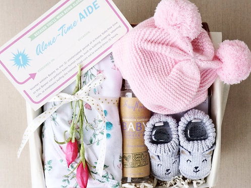 BABY HAT & SOOTHING MIST GIFT BOX - Girl