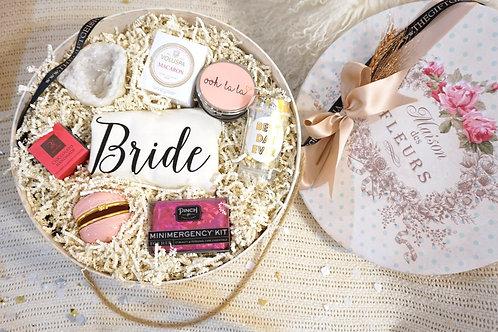 BRIDE TOTE BAG & ESSENTIALS CIRCLE GIFT BOX