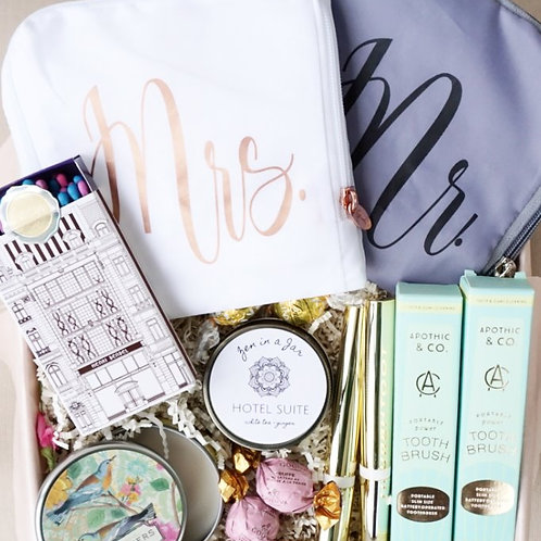MR. & MRS. HONEYMOON KIT GIFT BOX
