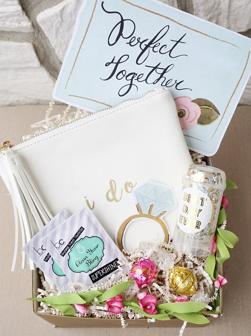 """I DO"" BRIDAL CLUTCH PURSE & SELFIE PROPS GIFT BOX"