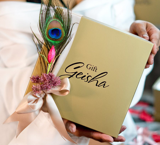 Gift Geisha BOX.jpg
