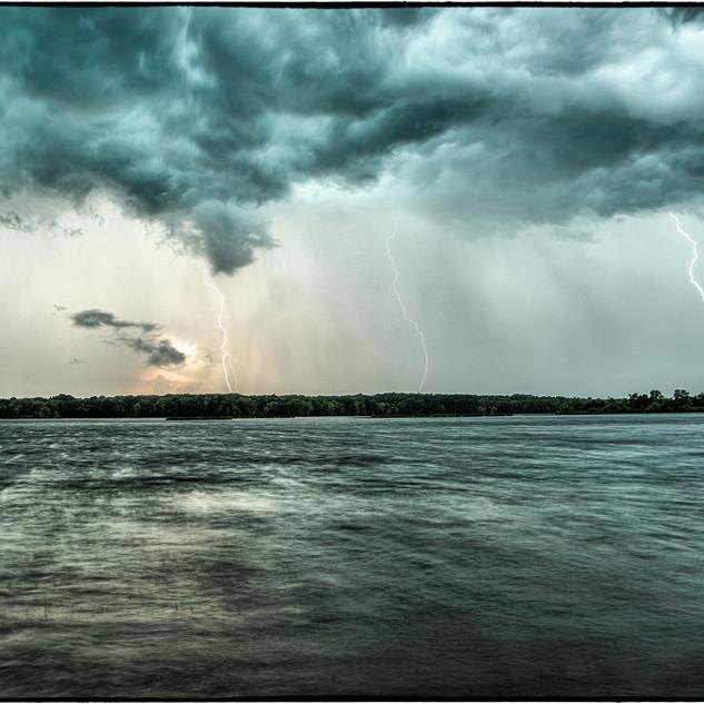 Nimisila Thunderstorm