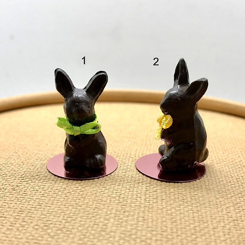 """Lapin miniature """"Pâques"""" pour maison de poupée"""