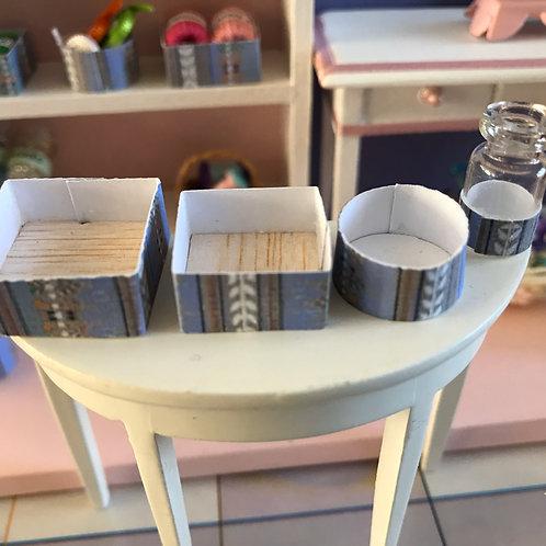 Lot de 4 contenants miniature pour maison de poupée 1:12