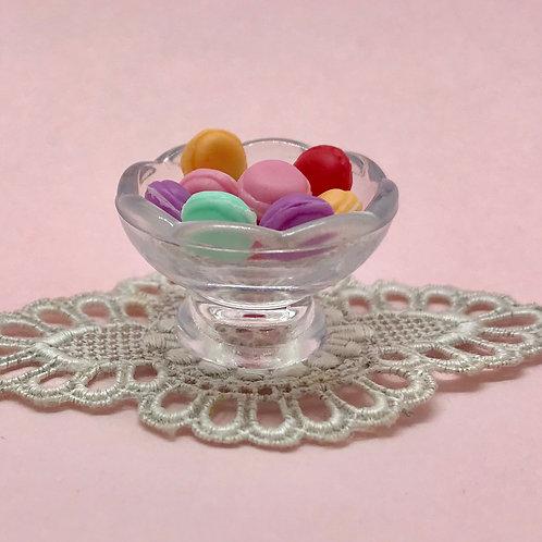 Coupe macarons miniature, patisserie 1/2 maison de poupée