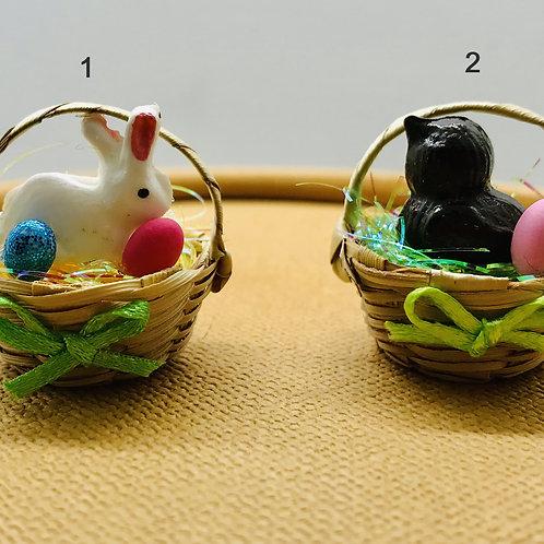 """Corbeille avec lapin ou poussin miniature """"Pâques""""pour maison de poupée"""