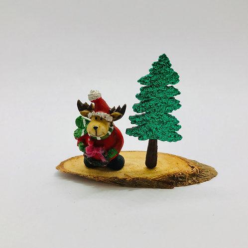 Renne de noêl miniature sur tronc pour maison de poupée