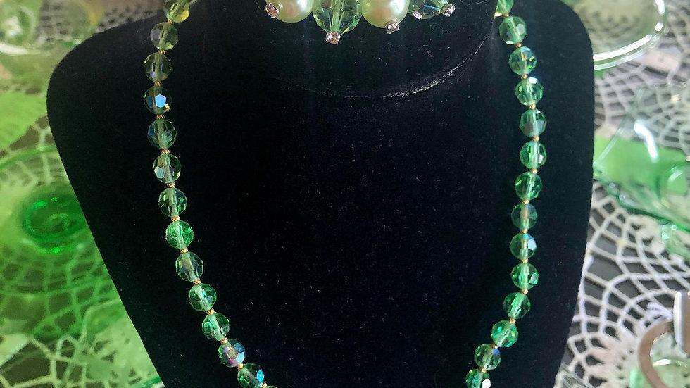 Green Aurora Borealis 1950s/60s set necklace plus brooch