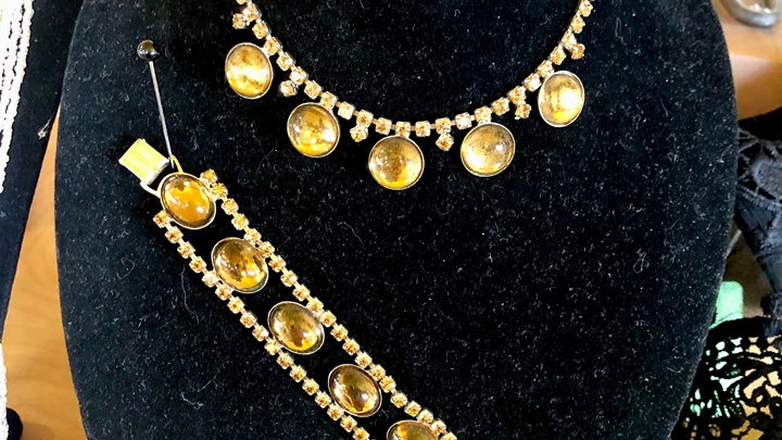 1950s whiskey colored glass cabochons and rhinestone necklace and bracelet