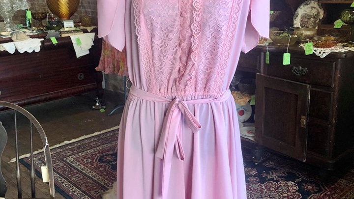 Beautiful pink dress with lace front