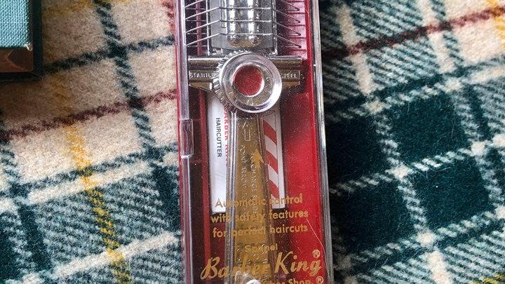 Vintage Barber King Double Edged Razor in case