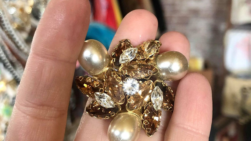 40s/50s Pearl and Whiskey Colored Rhinestone Brooch