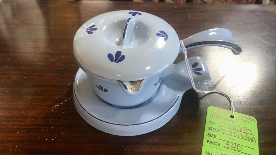 1950s Cast Iron Enameled Butter/Syrup Warmer