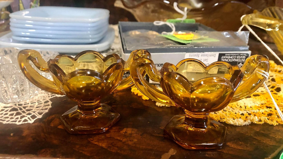 Rare Amber Glass Chippendale Pedestal Open Salt Dip