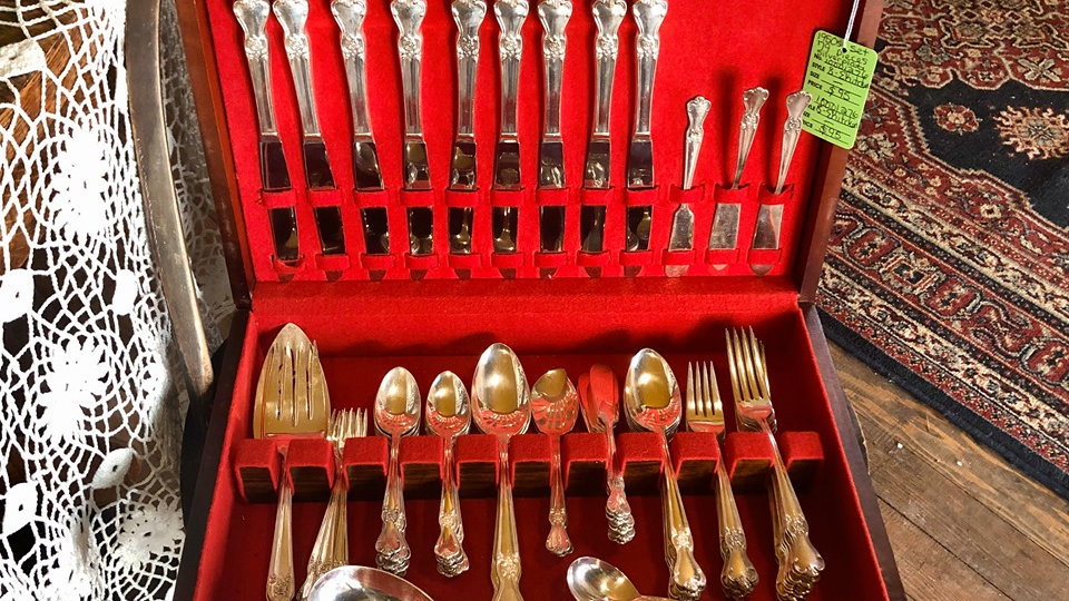 1950s Old Company Silverplate set in original case
