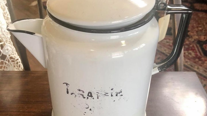 Enameled vintage coffee percolator - missing top piece