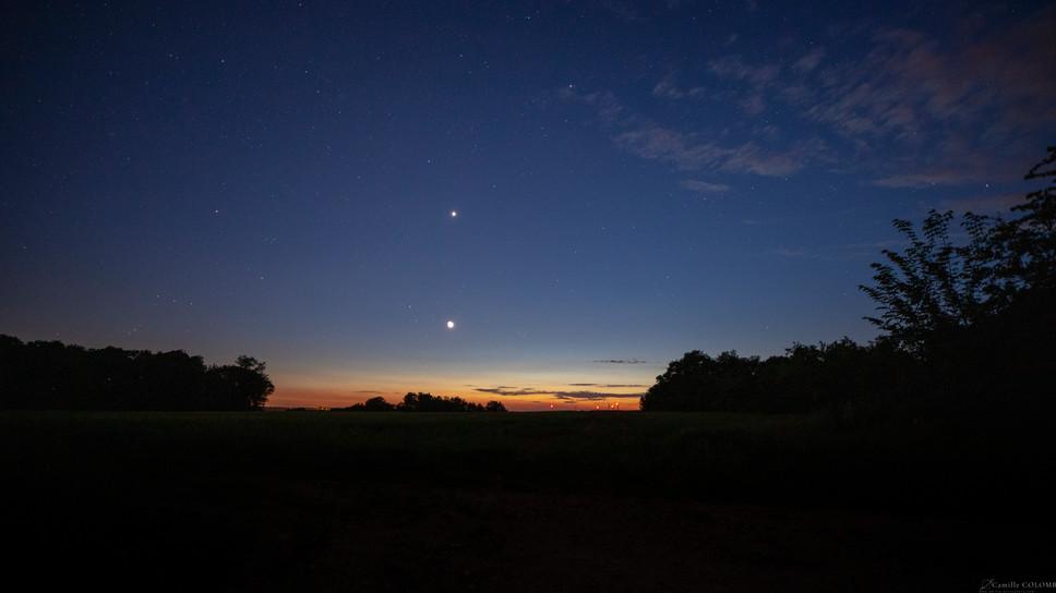 Conjonction  croissant de lune et venus