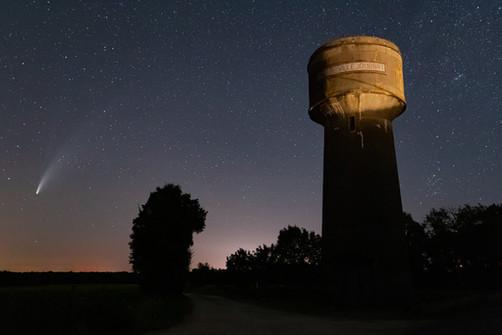 NEOWISE A Villejoubert.jpg