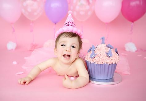 smash the cake birthday