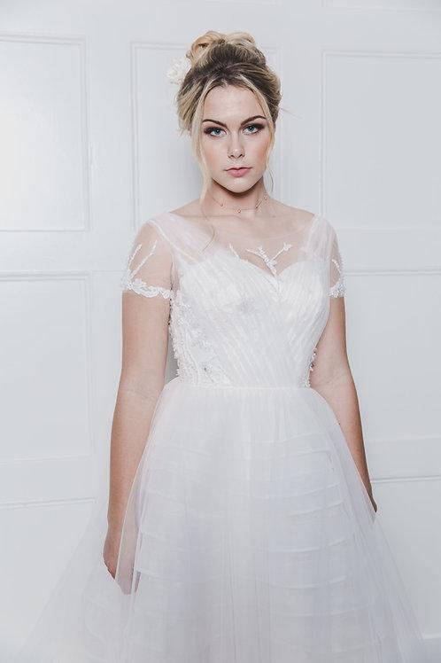 Kianna - Contemporary Short Sleeve Gown