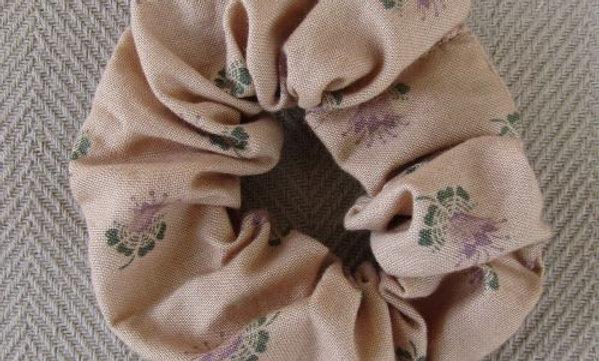 Thistle scrunchie