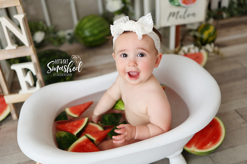 South Jersey Cake Smash Photography, watermelon theme, First birthday, fruit, milk bath, one in a melon