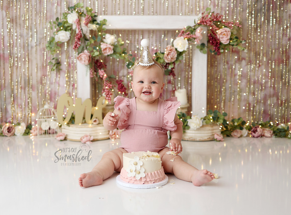 South Jersey Cake smash photographer- Pink and gold and mauve