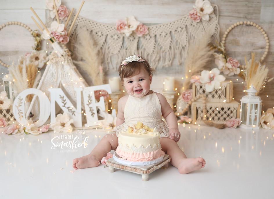 South Jersey Photographer, cream, floral, boho, cake smash, 1st Birthday