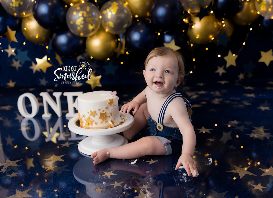 South Jersey Photographer, Boy, blue, star theme, Cake smash , 1st Birthday