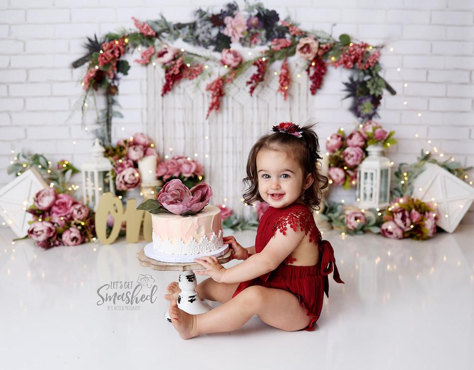 South Jersey Photographer, White, boho, floral, burgandy cake smash, 1st Birthday