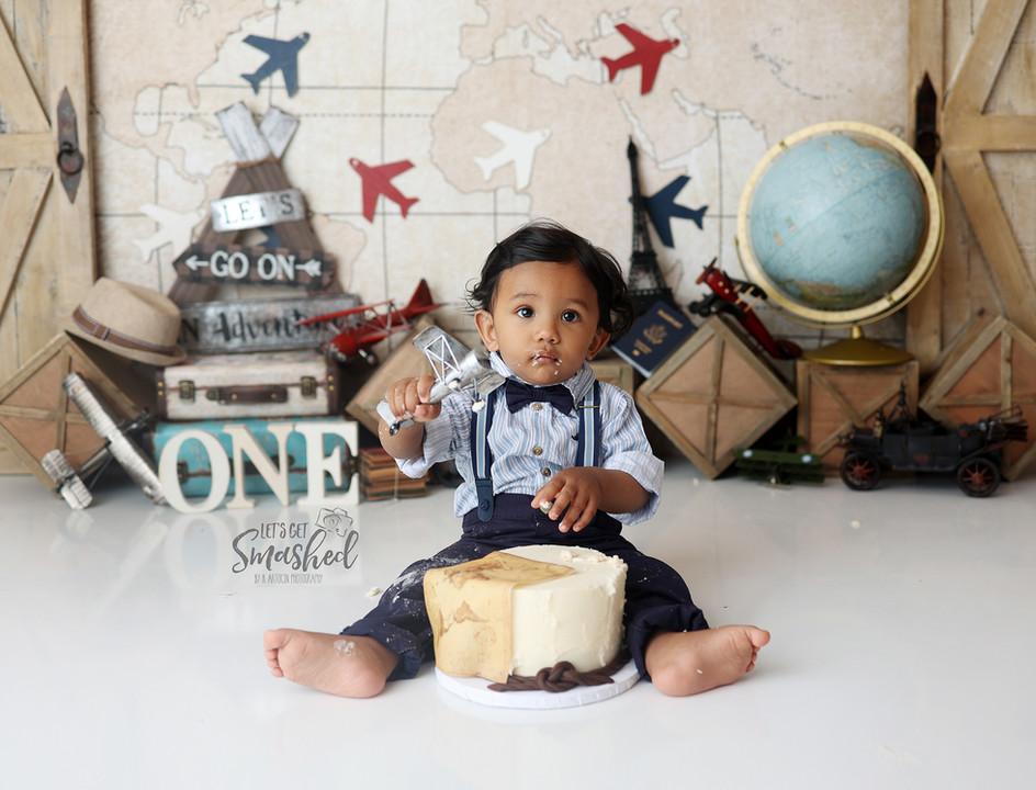 South Jersey Cake smash Photgrapher, vintage travel theme, First birthday