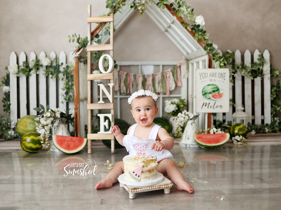 South Jersey Cake Smash Photography, watermelon theme, First birthday, fruit, one in a melon