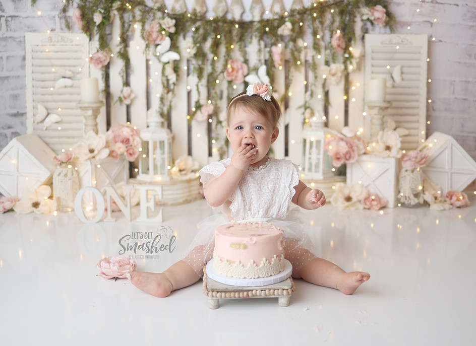 South Jersey Photographer, cream floral, buttterfly, cake smash, pink, 1st Birthday