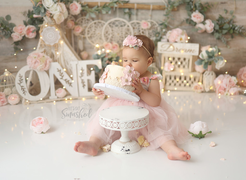 South Jersey Cake smash Photographer-boho, floral, pink and cream girl