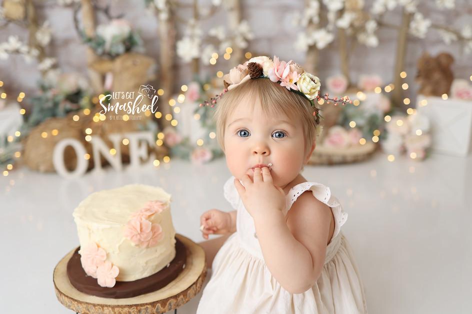 South Jersey cake smash Photographer- Woodland floral theme