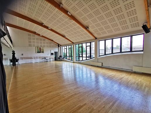salle de danse maison pop.jpg