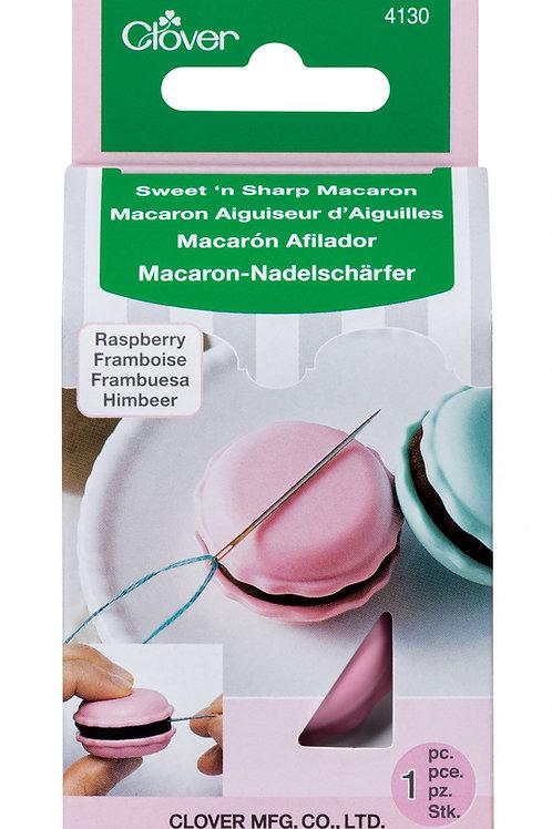 Clover Sweet n' Sharp Macaron Needle Sharpener - Raspberry