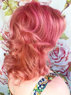 pinks hair curls