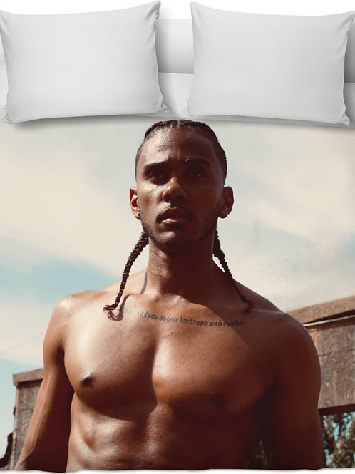 Roberto DeWitt - Beautiful Brown Skin blanket/comforter