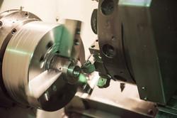 maquina-de-fabrica-metalica_1112-248 (1)